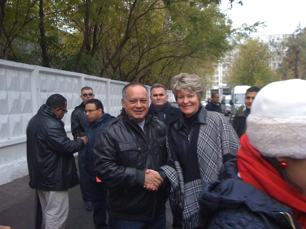 Presidente de la Asamblea Nacional, Diosdado Cabello Rondón y miembro del CC del PCFR, Tatiana Desiatova
